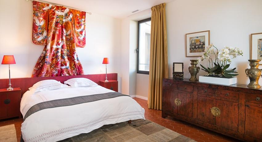La maison - offre cinq suites remarquables.